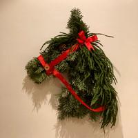 Lisa Darban horse wreath